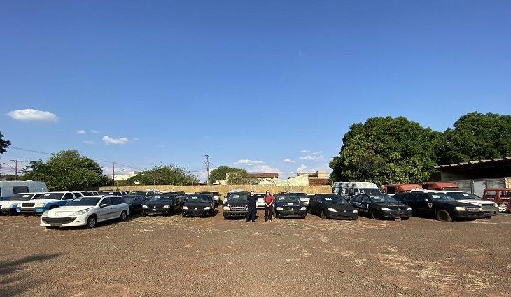 144 lotes de veículos e sucatas serão leiloados nesta terça-feira -