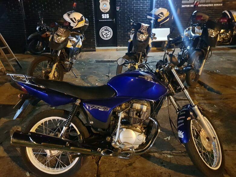 Guarda Municipal recupera motocicleta roubada na Perimetral - Crédito: Divulgação