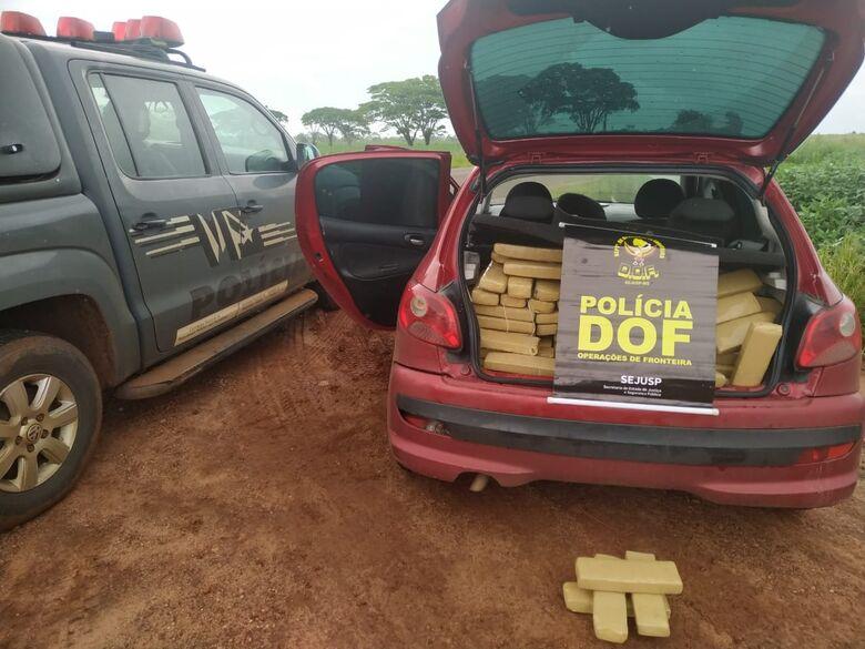 DOF prende casal que seguia para Santa Catarina com 265 kg de maconha - Crédito: Divulgação