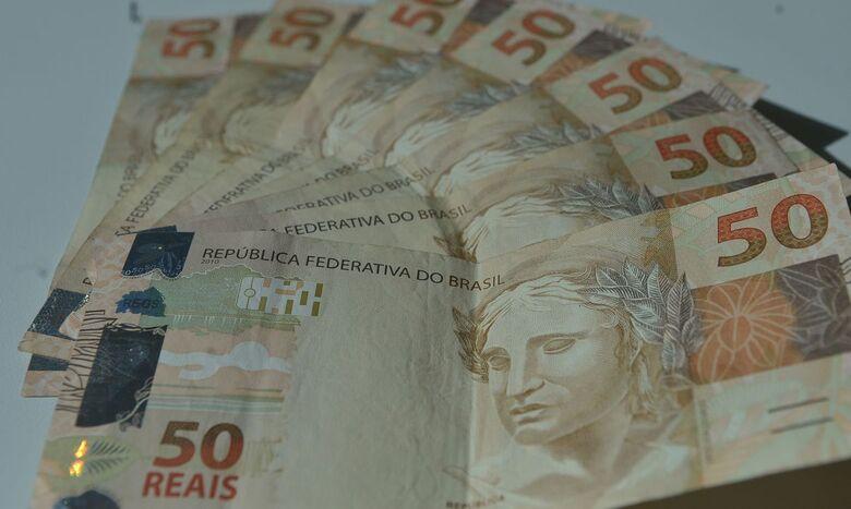 Número de brasileiros com dívidas cresce no fim de 2020 - Crédito: Agência Brasil