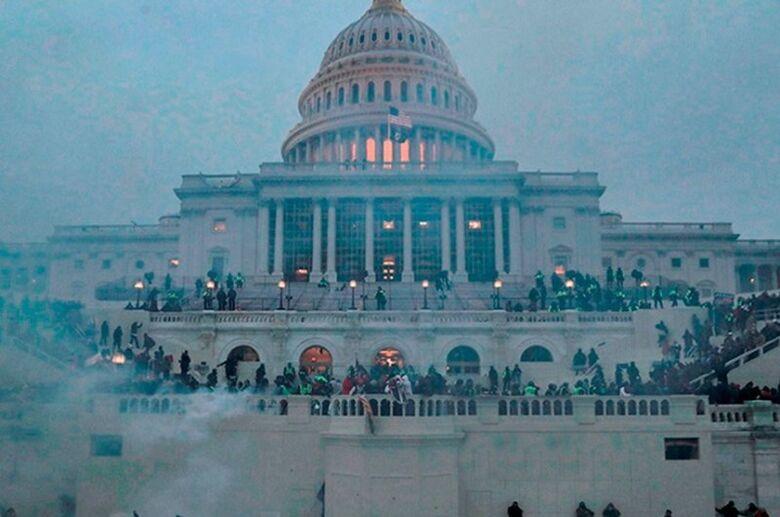 Capitólio dos EUA em 6 de janeiro: invasão repercutiu em todo o mundo - Crédito: Agência Senado
