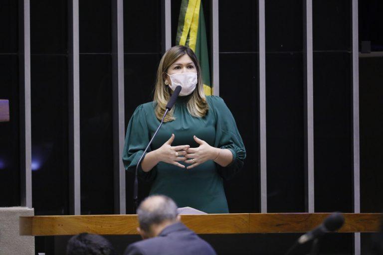 Deputada Aline Gurgel, autora do projeto de lei - Crédito: Maryanna Oliveira/Câmara dos Deputados