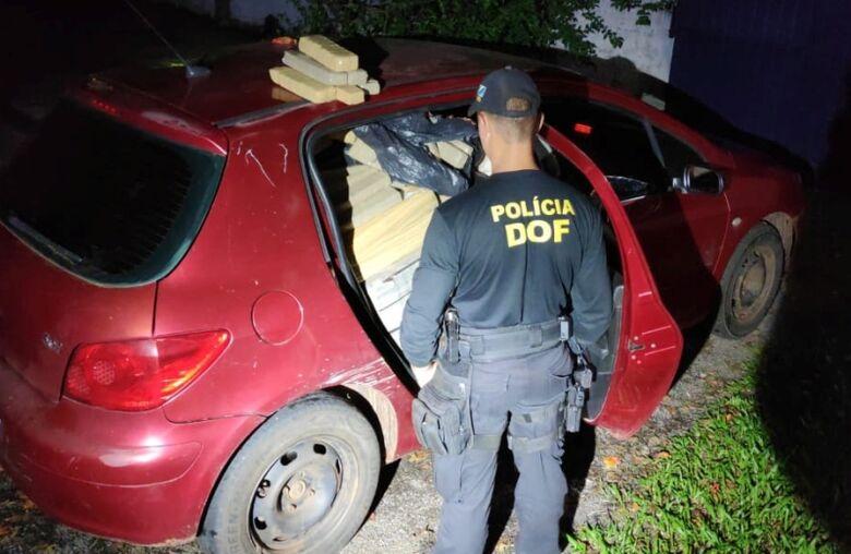 DOF apreende veículo com mais de 350 quilos de maconha - Crédito: Divulgação/DOF