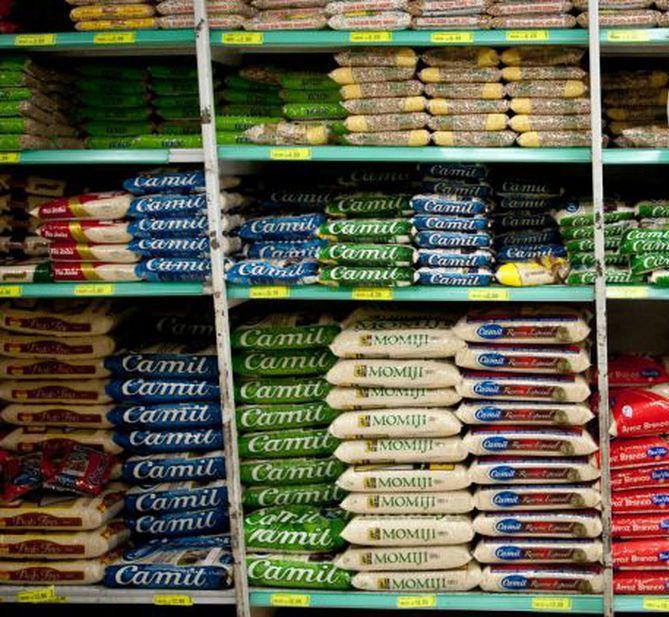 Açúcar, arroz, café e carne de 2ª foram alguns dos produtos que mostraram queda no preço - Crédito: Marcelo Camargo/Agência Brasil