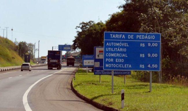 Proposta reduz em 70% o valor do pedágio para caminhão em rodovia - Crédito: Agência Câmara de Notícias