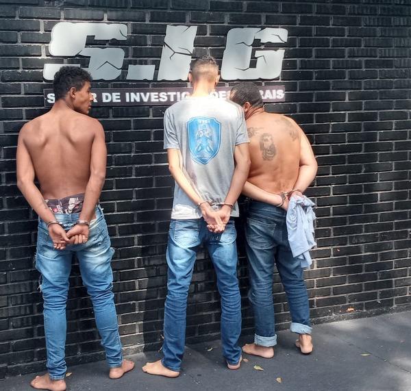 Três são presos em flagrante tentando furtar agência do Correios na madrugada em Itaporã - Crédito: Cido Costa
