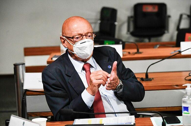 Relator da comissão, Esperidião Amin foi responsável pela seleção das emendas - Crédito: Leopoldo Silva/Agência Senado