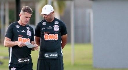 Corinthians prepara reformulação no elenco para nova temporada -