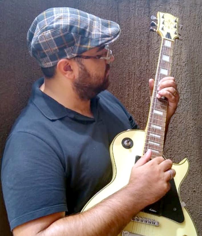 Douradense Léo Martins é cantor e compositor em Dourados - Crédito: Divulgação