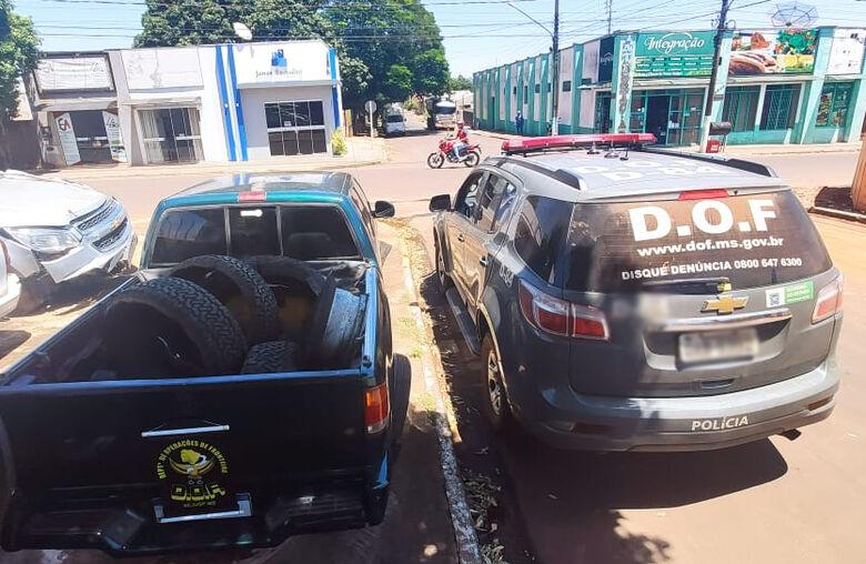 Camionete que seguia com maconha nos pneus para Salvador é apreendida pelo DOF - Crédito: Divulgação