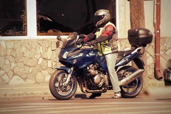 Cresce o número de acidentes envolvendo motociclistas - Crédito: Pixabay