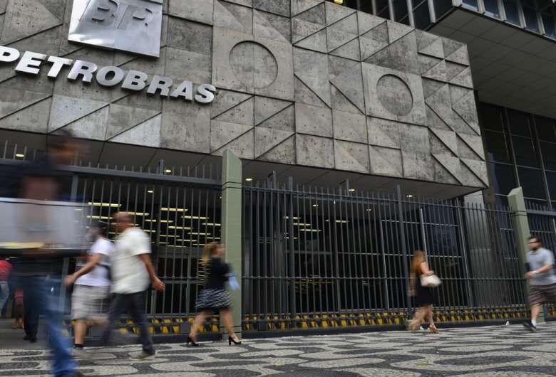 Petrobras anuncia nova alta nos preços da gasolina, diesel e gás -