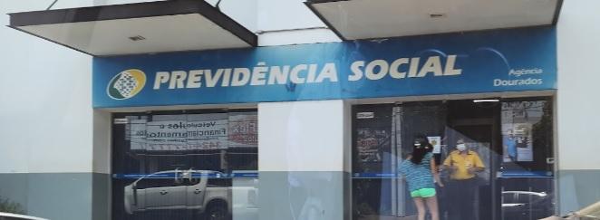 INSS de Dourados interrompe atendimentos após servidores testarem positivo para a Covid-19 -