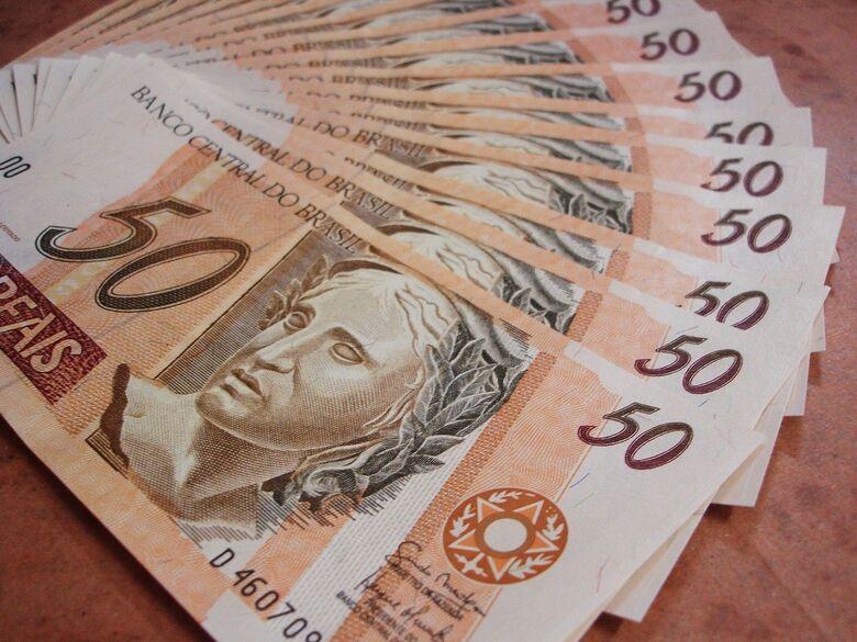 Comissão de Orçamento aprova relatório com previsão de R$ 1,595 tri - Crédito: PublicDomainPictures por Pixabay
