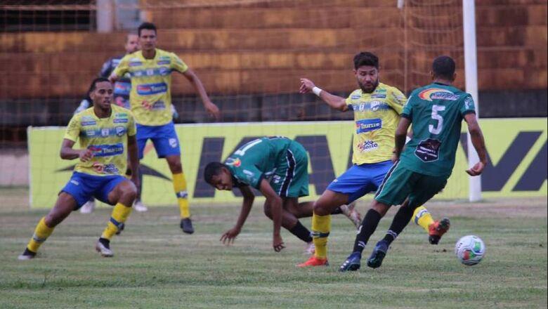 Dourados AC aplica goleada no Novo e se classifica para o hexagonal do Estadual - Crédito: Franz Mendes