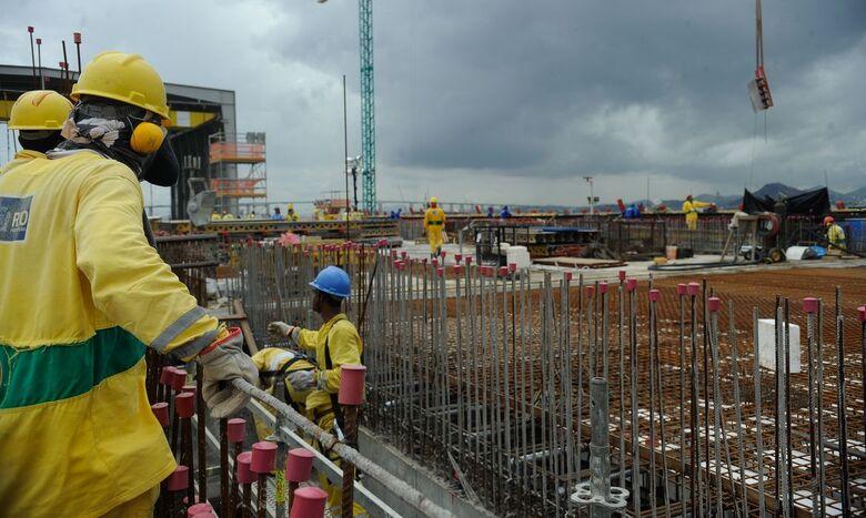 Custo da construção sobe 1,45% em março, diz IBGE - Crédito: Arquivo/Tânia Rêgo/Agência Brasil