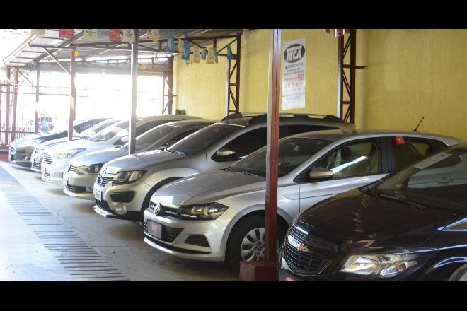 Escassez de carros novos aumenta demanda e valoriza usados em MS -
