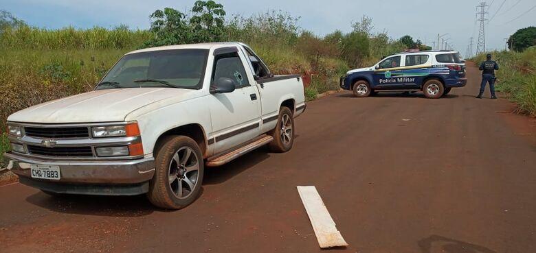 Homem é encontrado morto dentro de caminhonete na sitioca Campina Verde - Crédito: Cido Costa