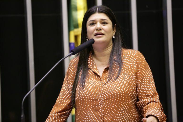 Proposta aumenta para 20 anos pena mínima do crime de feminicídio - Crédito: Michel Jesus/ Câmara dos Deputados