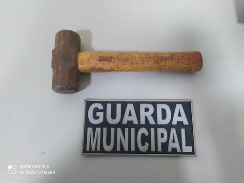 GM prende homem que agrediu mulher a golpes de marreta - Crédito: Divulgação