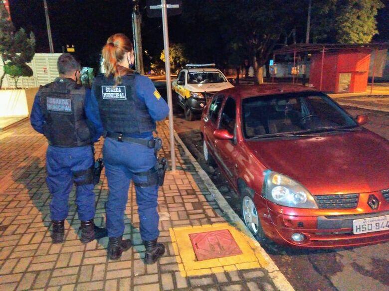 Veículo roubado é recuperado pela Guarda Municipal - Crédito: Divulgação