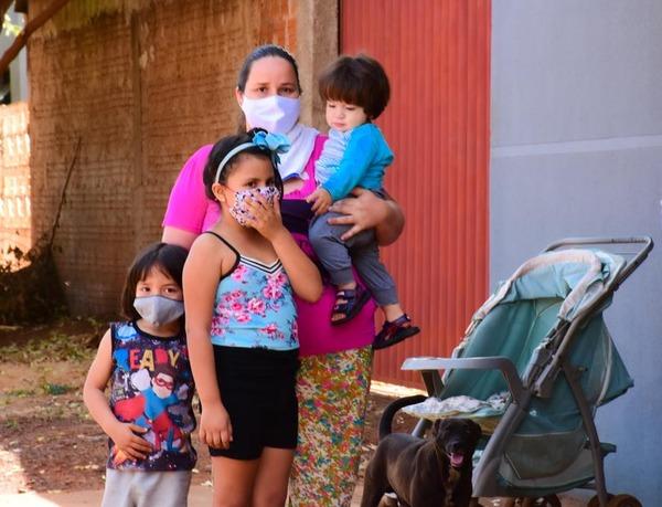 No auge da pandemia, Justiça determina reintegração de posse deixando 40 famílias sem moradia em Dourados - Crédito: Fotos: Charles Aparecido