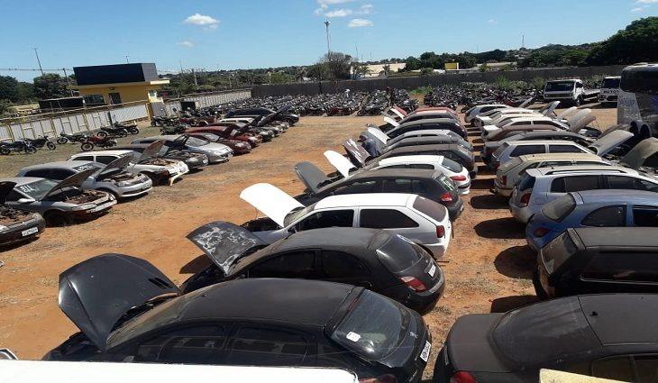 Detran leiloa quase 400 toneladas de material ferroso - Crédito: Divulgação