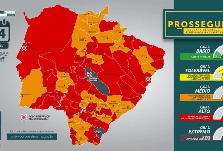 Toque de recolher começa mais cedo em 49 municípios de MS -
