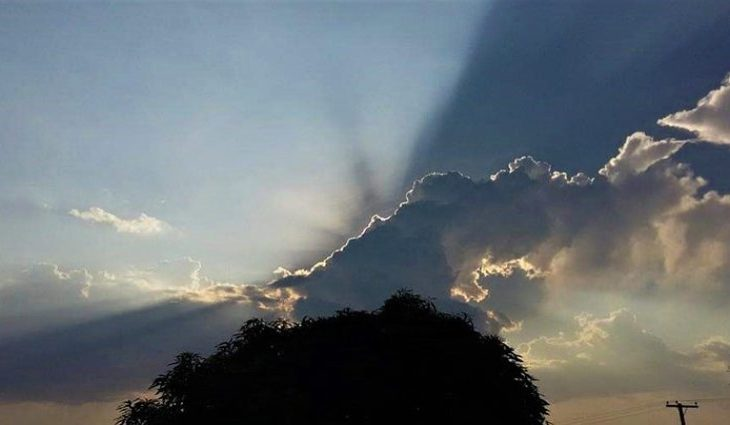 Sol entre nuvens, temperaturas em elevação e chuvas isoladas - Crédito: Edemir Rodrigues