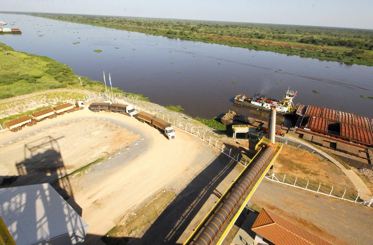 Contorno rodoviário de Porto Murtinho garante agilidade na exportação recorde pela hidrovia - Crédito: Fotos: Edemir Rodrigues
