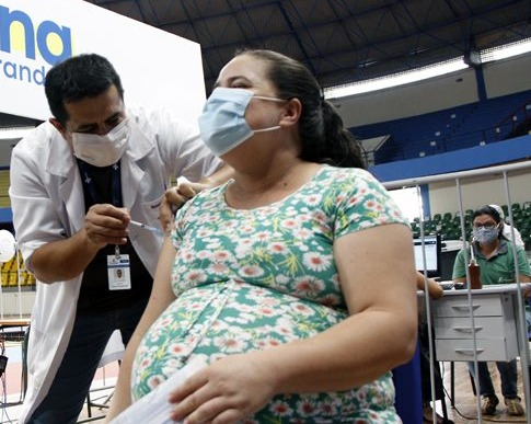 MS recebe hoje 26 mil doses da Coronavac e 24 mil da vacina AstraZeneca -