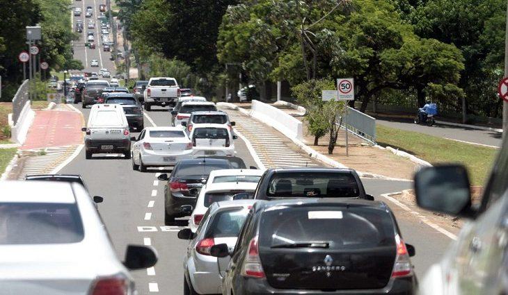 Mesmo com pandemia, mercado de veículos usados é aquecido e alegação de venda cresce 16% no Estado - Crédito: Detran/MS