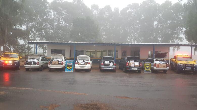 Polícia Militar Rodoviária apreende comboio de veículos com produtos do PY - Crédito: Divulgação