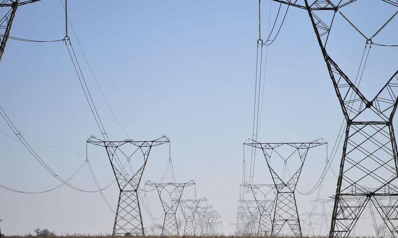 Senado aprova redução na tarifa de energia elétrica por cinco anos - Crédito: Marcello Casal Jr/Agência Brasil