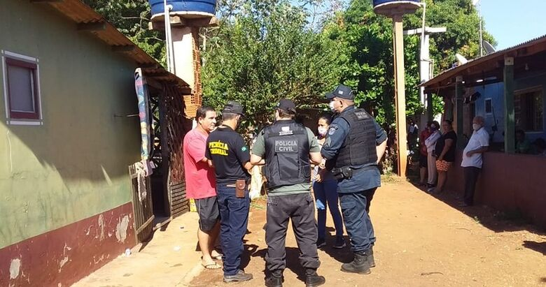 Homem é morto a golpes de facão e polícia suspeita de latrocínio - Crédito: Cido Costa