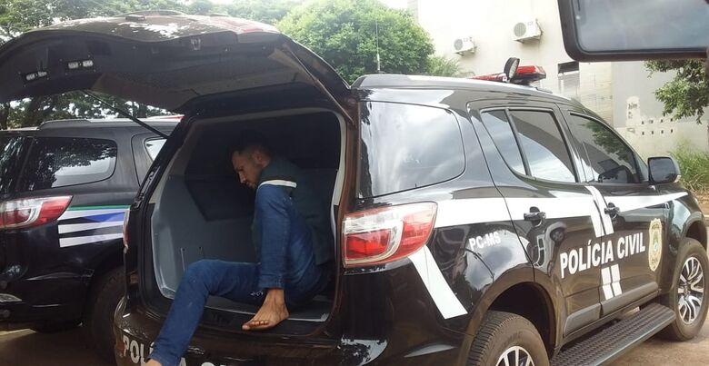 Sobrinho que matou tio para roubar strada é trazido para Dourados - Crédito: Cido Costa