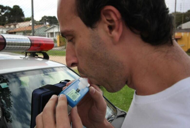 Senado aprova proposta que obriga condutores alcoolizados a ressarcirem tratamento ao SUS - Crédito: Arquivo Tecnodata