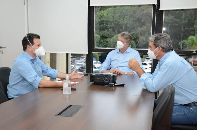 Renato Câmara apresenta projeto de agrovilas para Semagro -