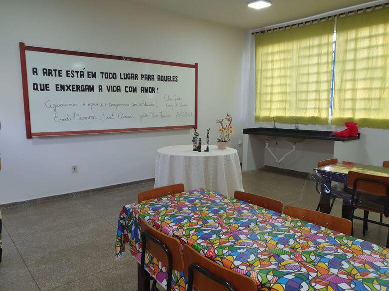 Escola Sócrates Câmara recebe primeira Sala de Arte da Rede Municipal - Crédito: Assecom