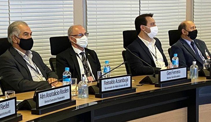 Reinaldo Azambuja propõe projeto com Itaipu para combater assoreamento nos rios Iguatemi e Amambai - Crédito: Assessoria Itaipu