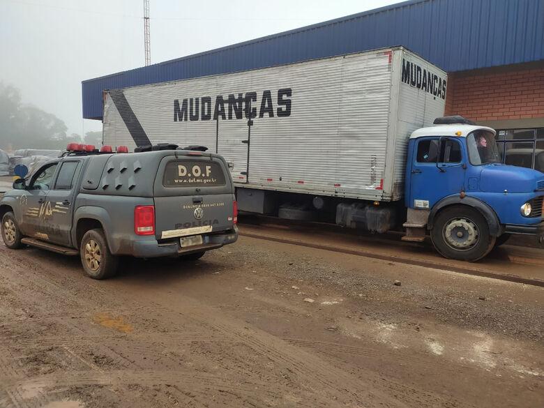 DOF apreende caminhão com 3 toneladas de maconha na MS-289 - Crédito: Divulgação/DOF