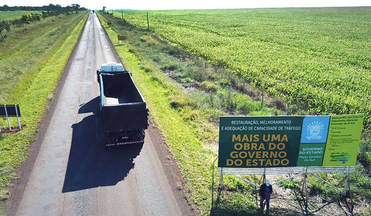 Governo do Estado assina duas ordens de serviço para restauração e implantação asfáltica de rodovias de Maracaju - Crédito: Chico Ribeiro