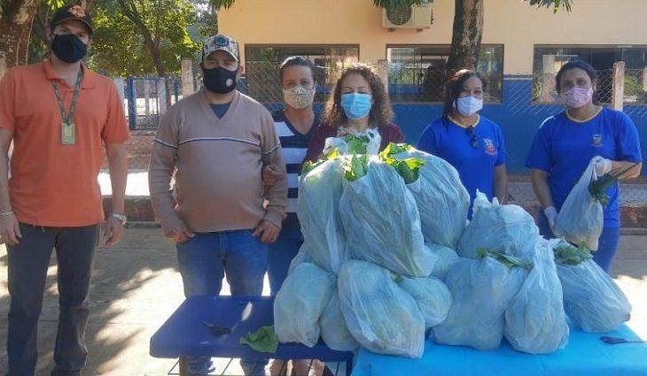 """""""Não coma menos, coma melhor"""": através da Agraer, alunos de Angélica recebem alimentos do PNAE - Crédito: Divulgação/Governo do Estado"""