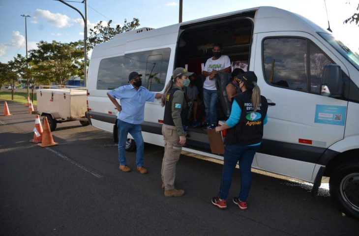 Em operação especial, Agepan aborda mais de 300 veículos e emite sete autuações - Crédito: Barbosa