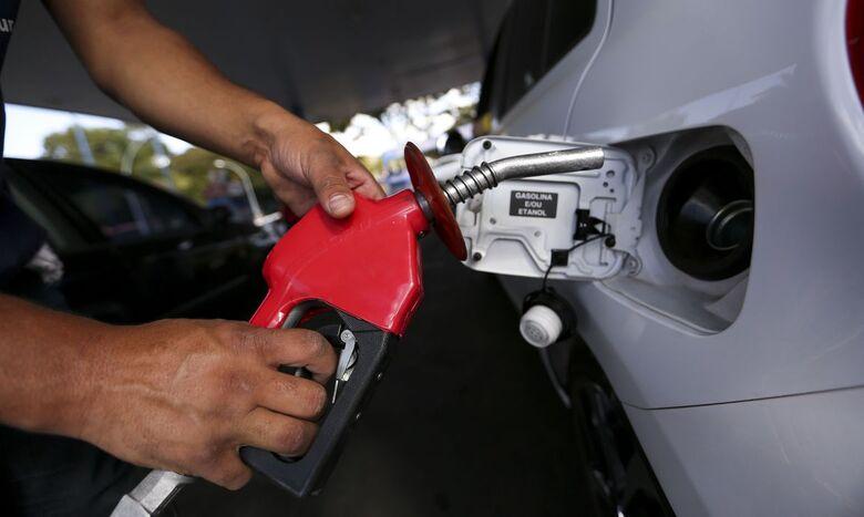 Preços da gasolina, diesel e gás aumentam hoje nas refinarias - Crédito: Marcelo Camargo/Agência Brasil