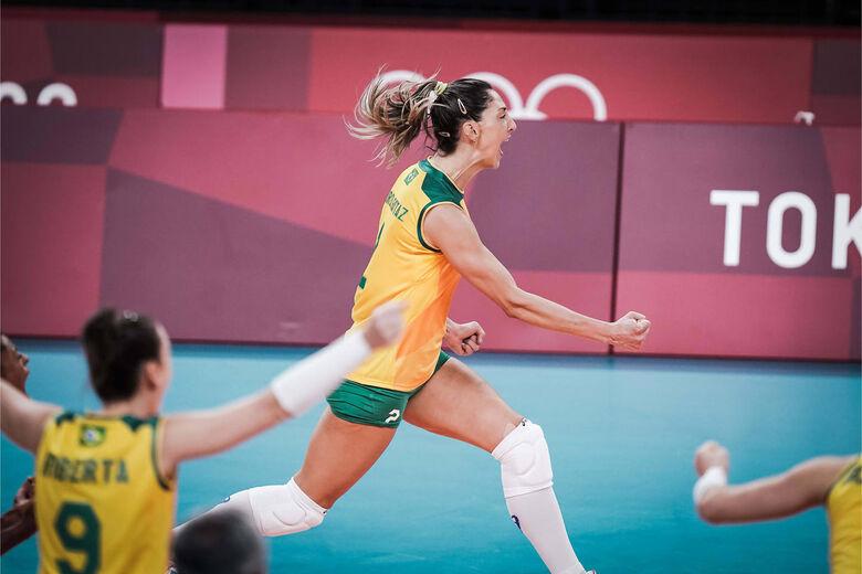 Vôlei: brasileiras têm vitória apertada contra dominicanas - Crédito: Volleyballworld