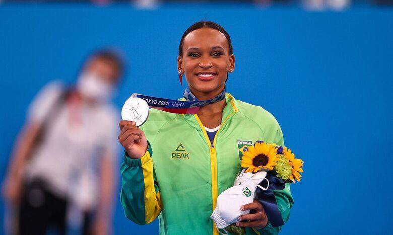 Rebeca Andrade fatura prata, 1ª medalha na ginástica feminina do país - Crédito: Jonne Roriz/COB/Direitos Reservados
