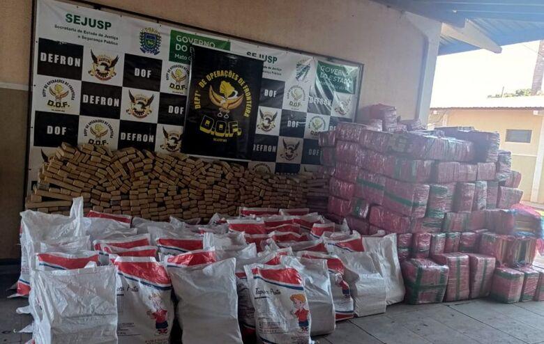 DOF apreende caminhão com mais de 6 toneladas de maconha - Crédito: Divulgação/DOF