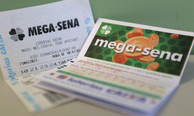 Mega-Sena pode pagar R$ 38 milhõs neste sábado - Crédito: Tânia Rêgo/Agência Brasil