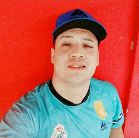Família procura por rapaz de 29 anos desaparecido na segunda-feira - Crédito: Arquivo Pessoal/Redes Sociais